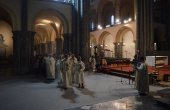 Jeudi-saint-cathedrale-2019-procession.png